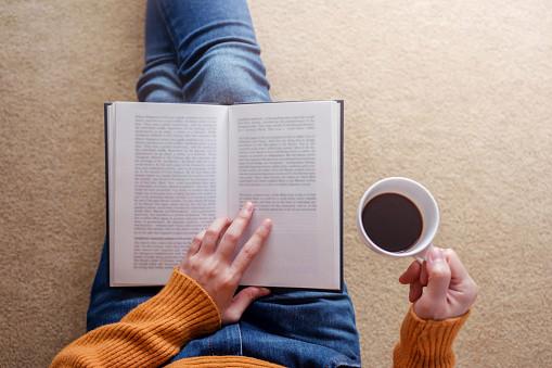เหตุผลที่เราต้องอ่านหนังสือเป็นประจำ